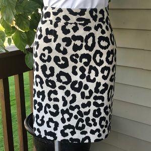 Ann Taylor Loft Leopard Print Skirt Size 8